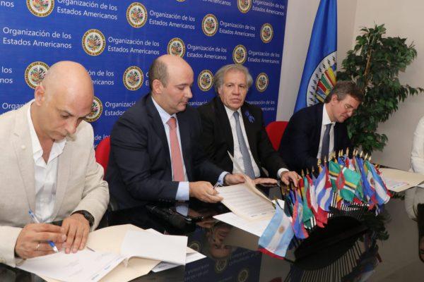 Firma-Acuerdo-MITIC-OEA.jpeg